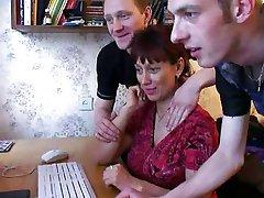 rusă mama 6