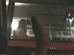 fascinat să văd bigcock intermitent mașină de autobuz