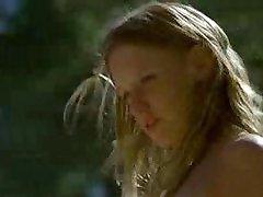 Η λουντιβίν Sagnier γυμνή στην Πισίνα 3