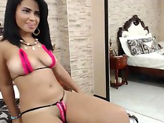 Hot Latina Babe In Bikini