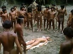 tanara blonda fututa de trib african