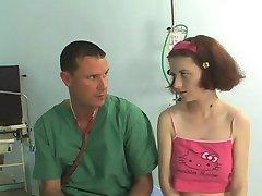 नहीं मेरी प्यारी भतीजी डॉक्टर का दौरा !