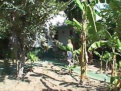 גן פדובה ו Ikari זין BBC