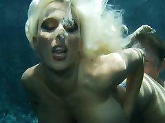 מתחת למים אמא (חלק 2)