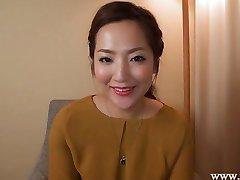 Japon ev hanımı NATSUMİ