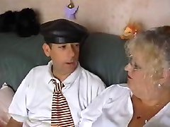 BBW Granny Maîtresse d'École