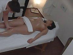 пышные женщины массаж вуайерист (постановка)