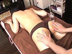 Pure lesbische porno scenes met prachtige Aoi Miyama