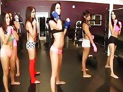 Sefahat içinde spor salonu kızlar