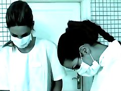 doktor sarışın hemşireyi sikmek