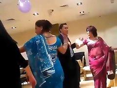 sexy nepalees tante dansen in de partij