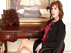 Lynn Nerātns Sekretārs