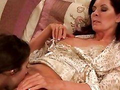 Магдалена Сент Майклс с апреля замок куча лесбиянок весело
