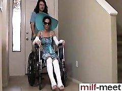 חרמן לא הבן מזיין את לא אמא Wheelc - היא MILF-לי