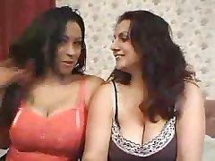 olgun lezbiyenler