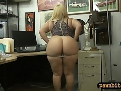 Big butt woman nailed by pawnshop owner