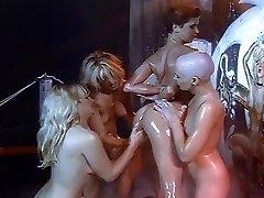 Leszbikus olaj, borotválkozás orgia