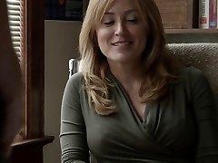 साशा अलेक्जेंडर बेशर्म S05E09 होंठ पर नीचे चला जाता है Helene