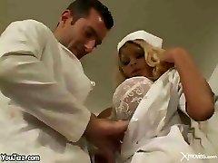 MİLF Hemşire!!!