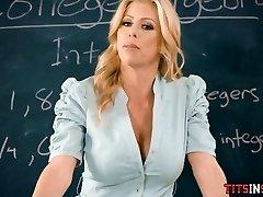 ебля его учителем горячая блондинка математике