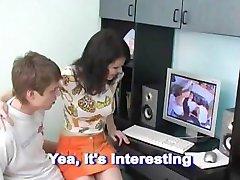 Brat i sestra gledaju porno i bave istim