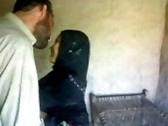 Rawalpindi Colg bomba skandal Razieh n Yusuf