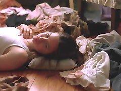 Alexandra Daddario - Les Baby-Sitters 01