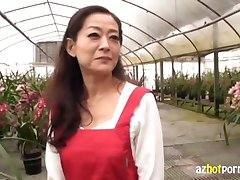 AzHotPorn.com - зрелая женщина в их 5đs мамаша