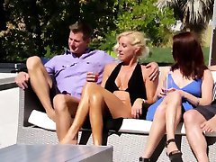 Amatør swinger reality show jævla gruppe orgie