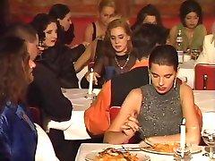 En restaurant orgie i offentlig