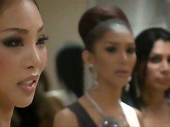 Kathoeys, spectacle de travestis il faut de la Thaïlande partie 2....CC