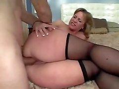 Duży Tyłek Mama Lubi Seks Analny