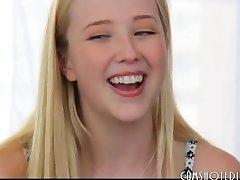 Le Plus Mignon Teen Blonde Salope Interview Baise