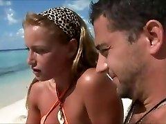 Lune de miel épouses tricher sur la plage