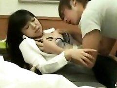 busty fille baisée par le patient à l'hôpital