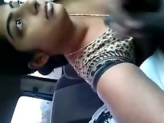 SPERME DANS LA VOITURE - INDIAN GIRL FRIEND