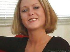 piękna blondynka ssać wielki kutas