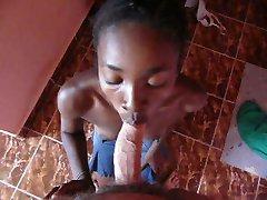 czarny nastolatek pokojówki ssać mnie w hotelu Madagaskar