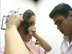Latina maid sprawia to, że jej szef chce !