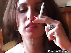 بریتنی اشعه, سیگار, لزبین part3