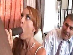 Janet Mason - Mari Regarder Femme faire baiser par le gars noir