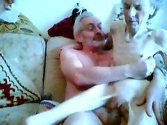 Секс с анорексичкой бабушка