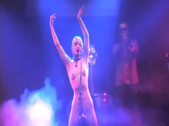 german kinky female singer nude on stage in nos concert