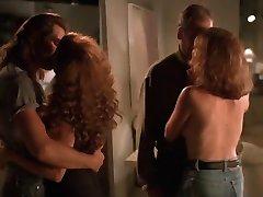 Mimi Rogers & Stephanie Menuez - L'Enlèvement