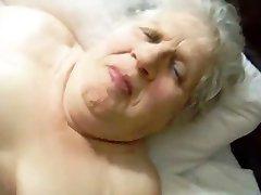 Украденное видео моей уродливая бабулька развлекается с дедушкой