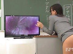Jap Enseignant Obtient Fuct Excitée Par Les Étudiants