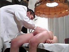 Preggo to doctor (Camaster)