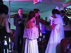 Hochzeits-Glocken & Jungfernstösse
