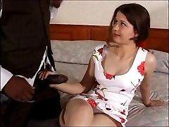 British bruna Cathy