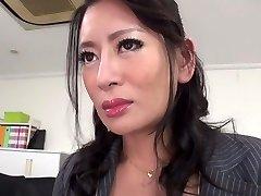 Más caliente de la chica Japonesa Rei Kitajima en Loco medias, mamada JAV clip